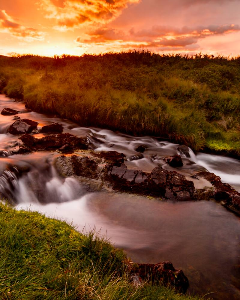 Iceland_Stream_Sunrise