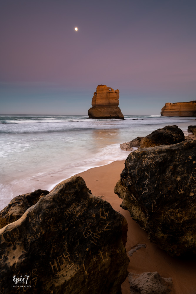 Great Ocean Road_Gibson Steps_Sunrise_Moon
