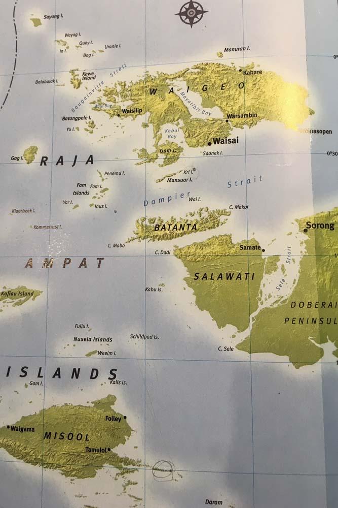 map of raja ampat islands