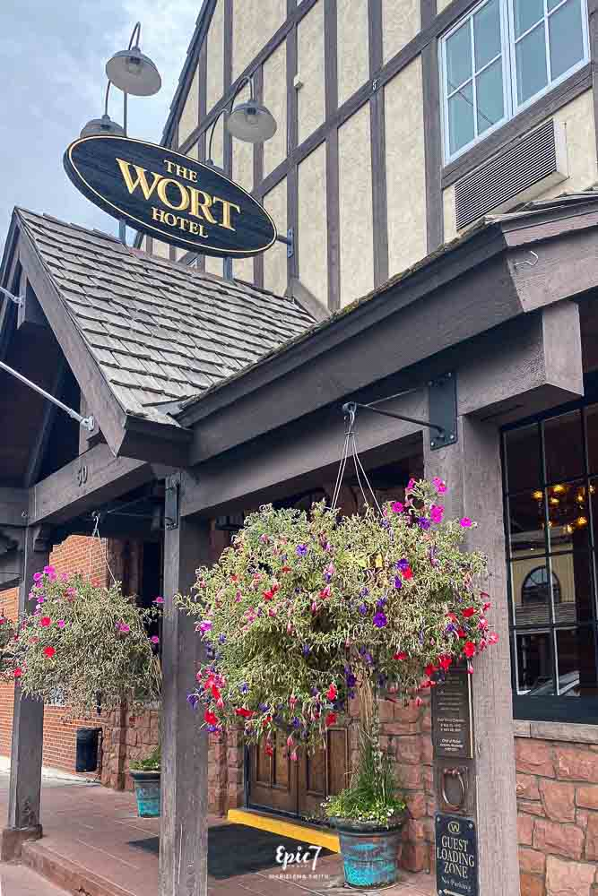 Jackson Hole Travel Guide Wort Hotel