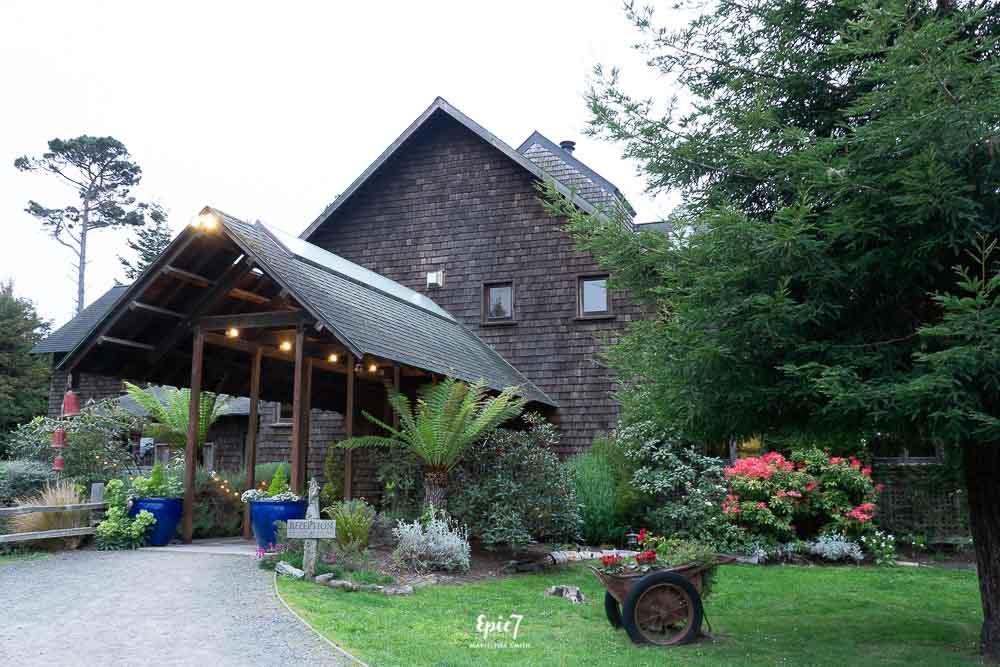 Brewery Gulch Inn Entrance
